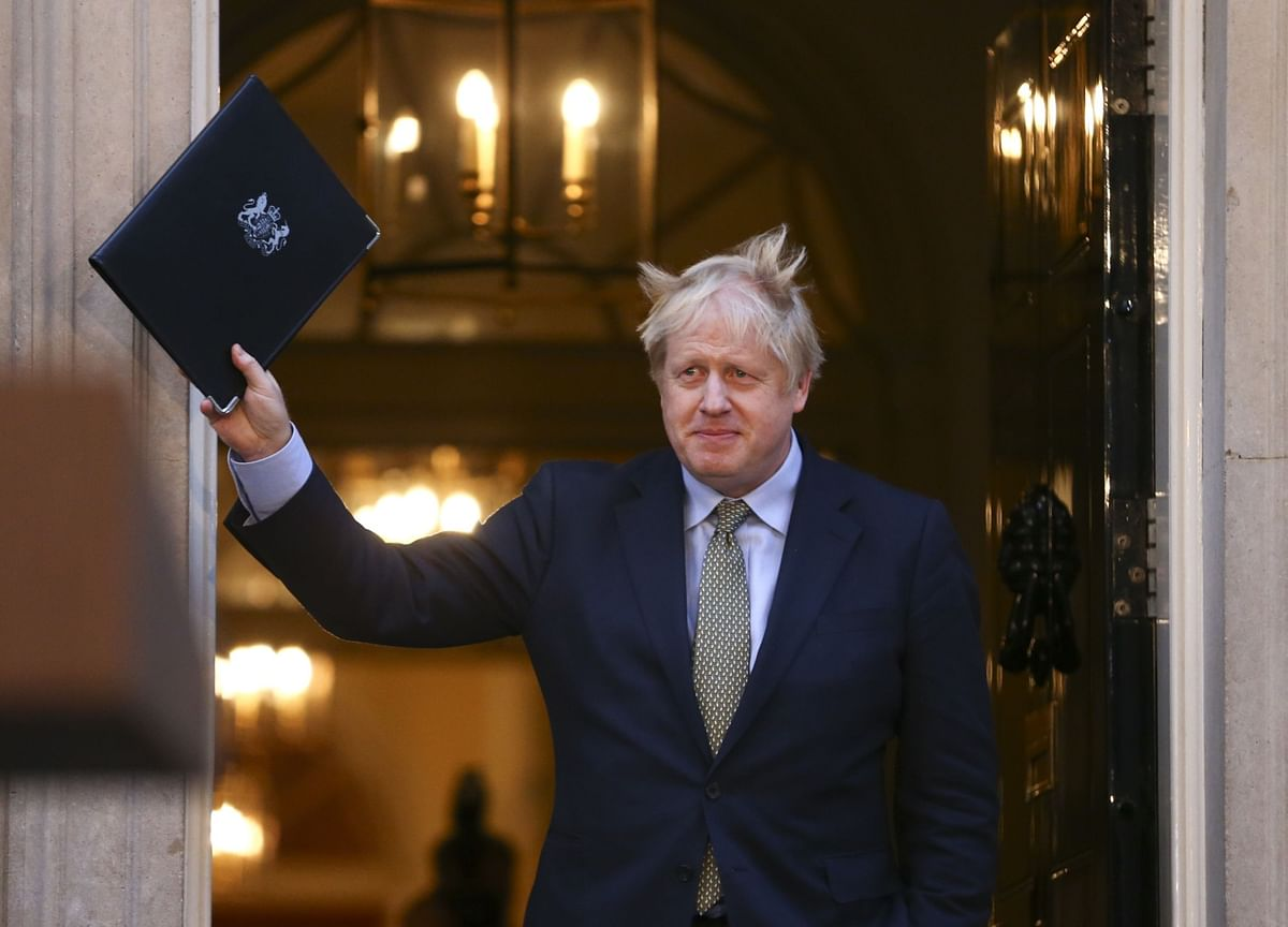 U.K. Business Faces End of Honeymoon as Johnson Boycotts Davos