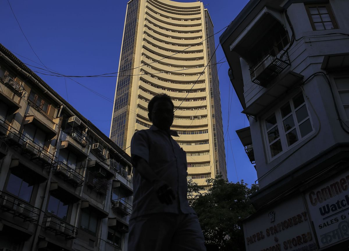 Investors Lose Rs 3 Lakh Crore As Sensex, Nifty Log Worst Fall In Four Months