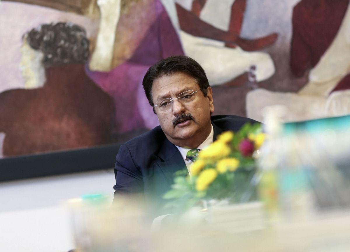 Shriram CapitalHalts Three-Way Merger After RBI Request