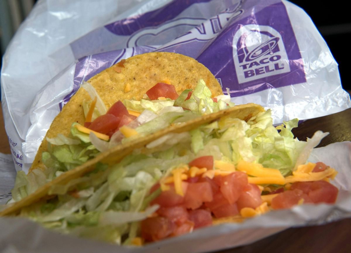 You Can Now Make $100,000 Working at Taco Bell