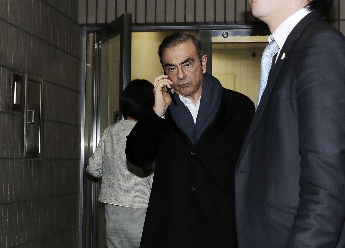 Ghosn Used Public Transport to Escape From Tokyo, NTV Says