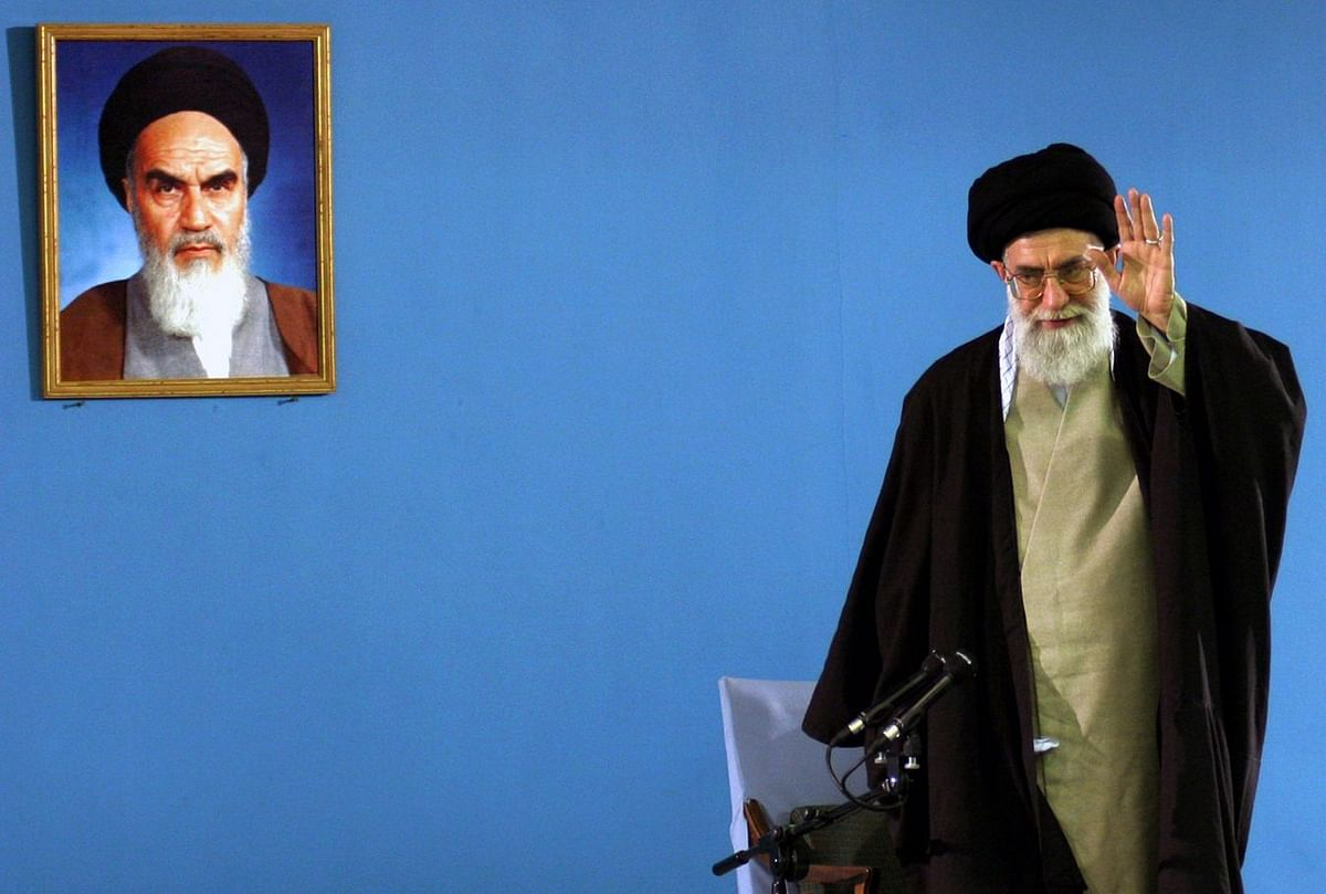 Iran's Forewarned Strikes Give Trump a Path to Avert All-Out War