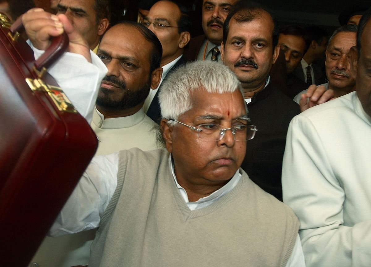 Larger Supreme Court Bench To Revisit Its 2010 Verdict In Lalu Prasad Case