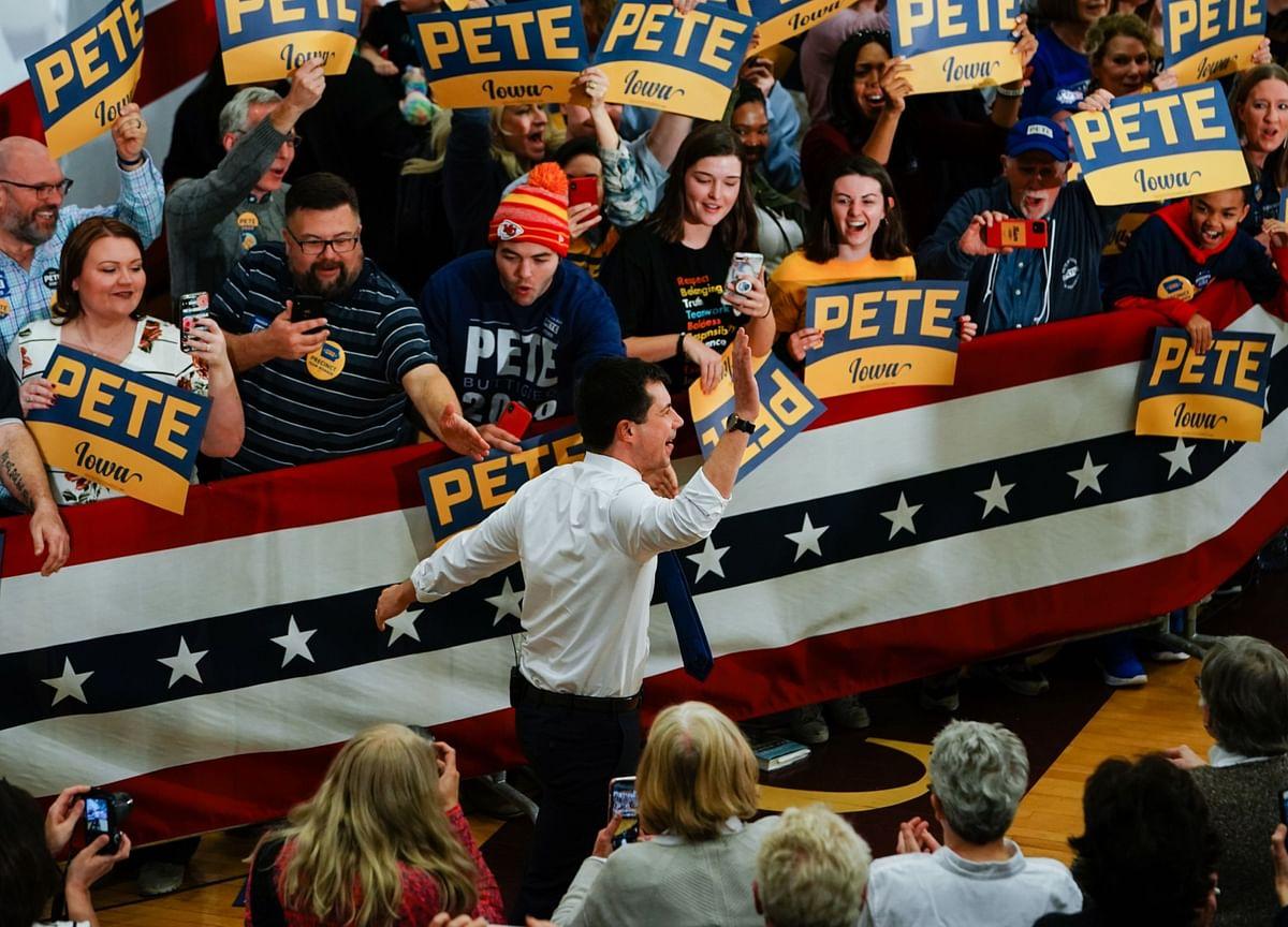 Buttigieg, Sanders in Virtual Tie as Iowa Slowly Reports Vote