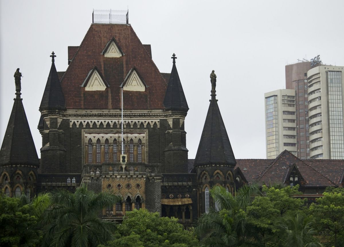 Bombay High Court Suspends Two FIRs Against Arnab Goswami