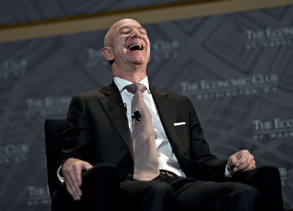Bezos's Sales of Amazon Stock Reach $3.45 Billion in a Week