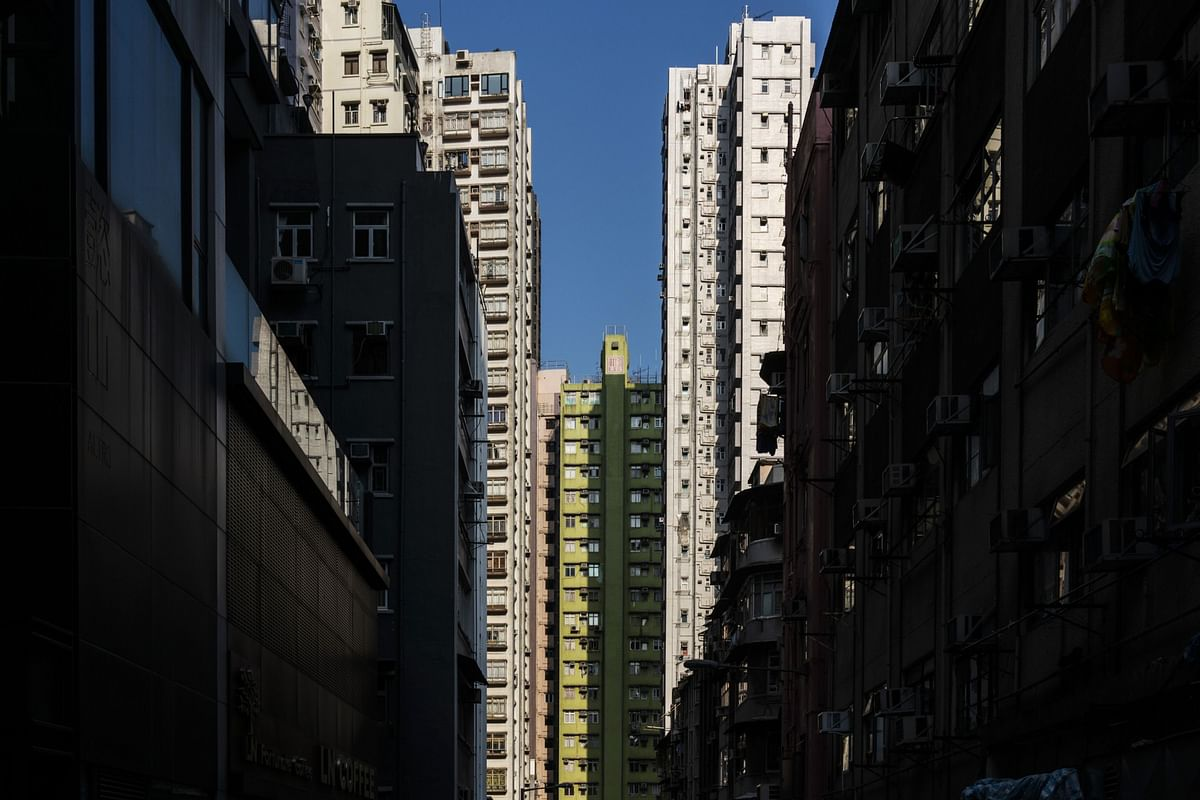 Apartment Rents in Hong Kong Sink to Lowest in Almost Two Years