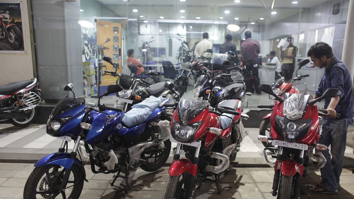 Car Sales Slump 70% During Second Covid Wave