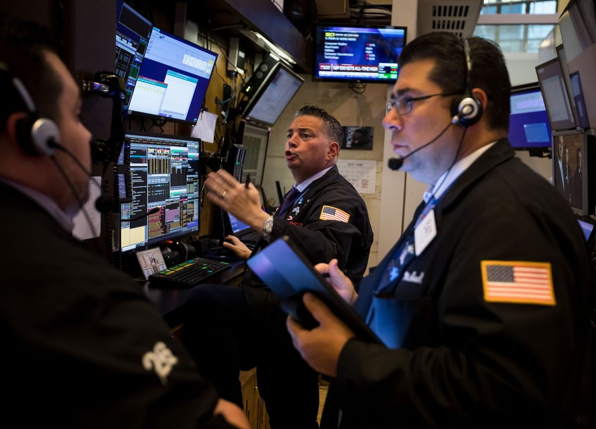 Stocks Close at New High With Virus Concern Easing: Markets Wrap