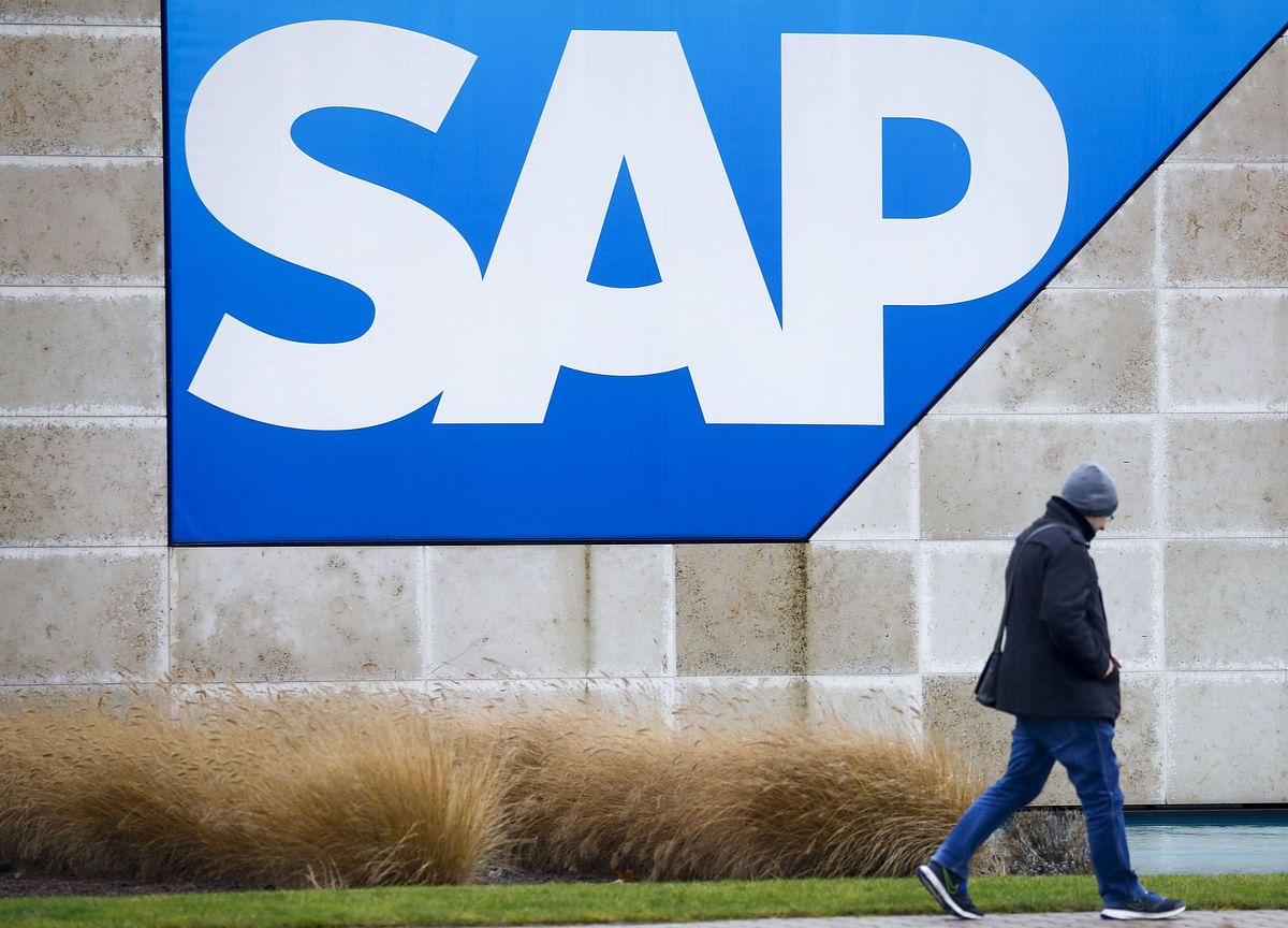 SAP's Biggest Rout in 24 Years Has Its Leaders Buying the Stock