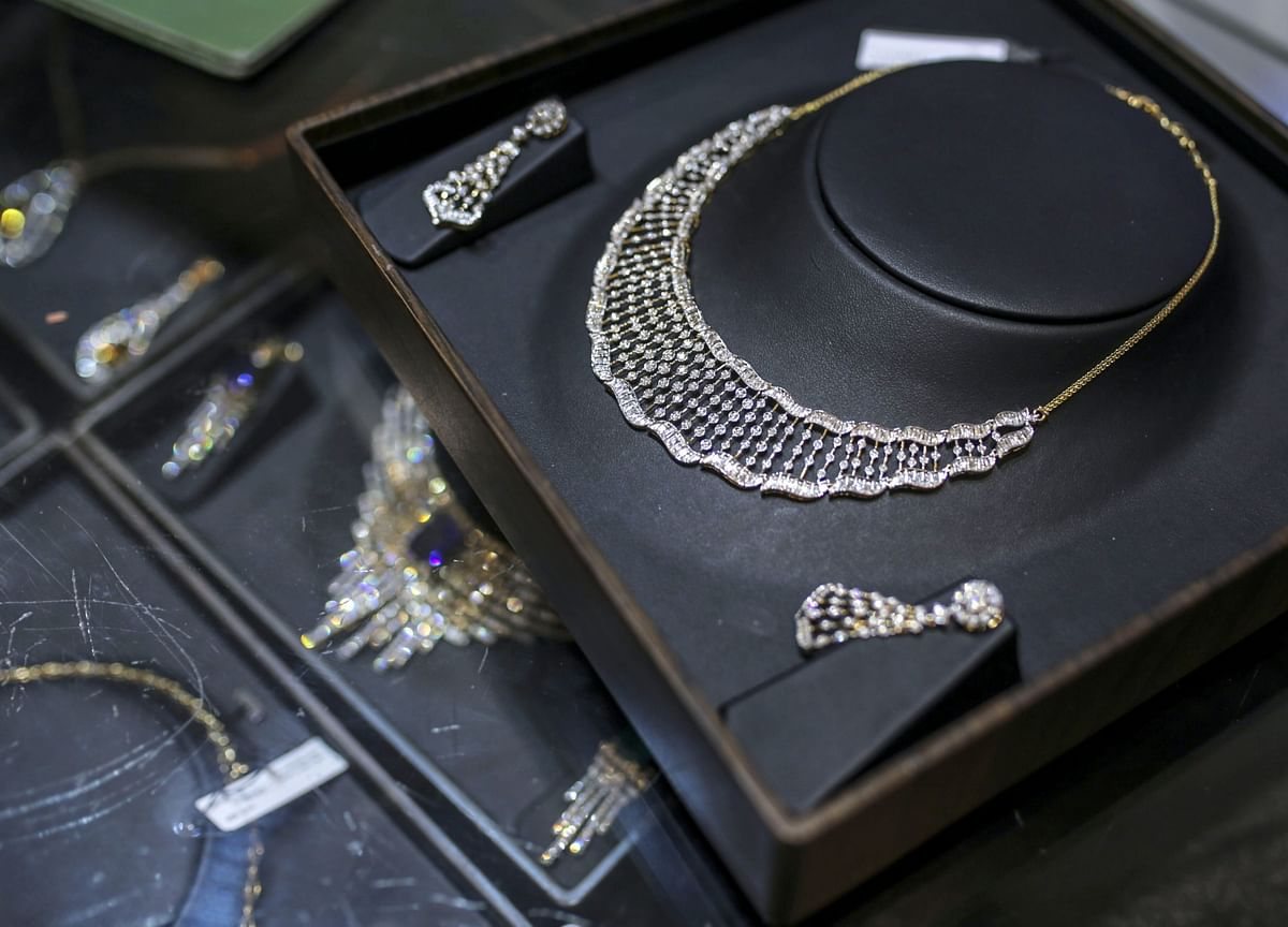 World's Biggest Jewelry Firm Moves to Recycled Gold, Silver