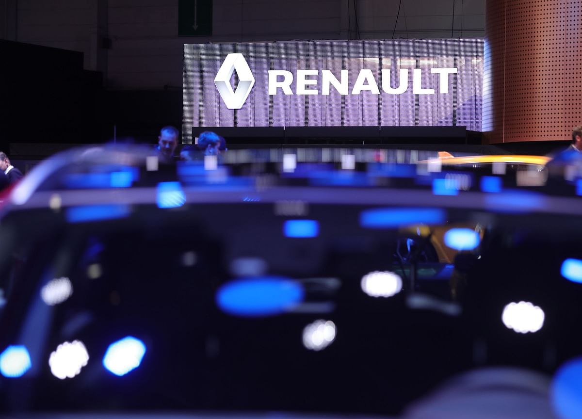 Electric-Car Subsidies Make Renaults Free in Germany