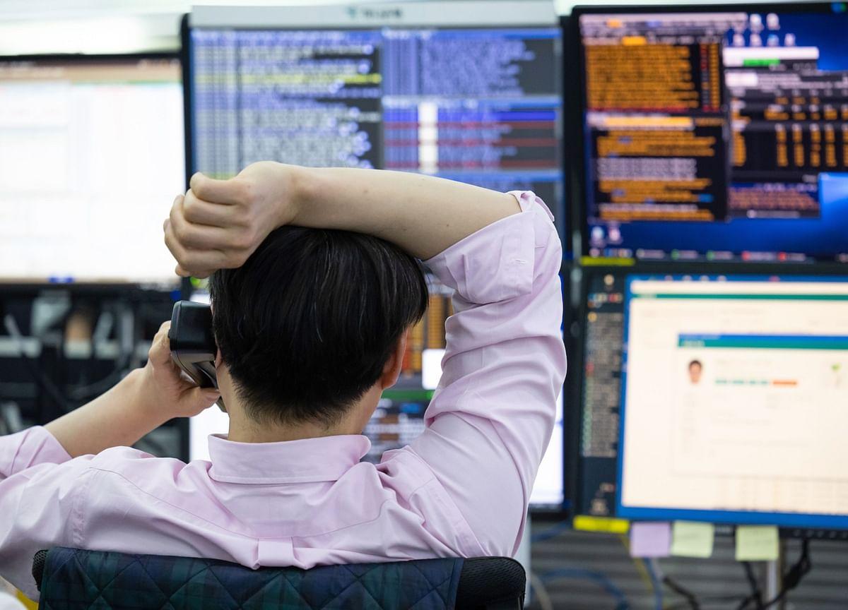 Stocks To Watch: RIL, Grasim, Vinati Organics, Tata Motors, Castrol India