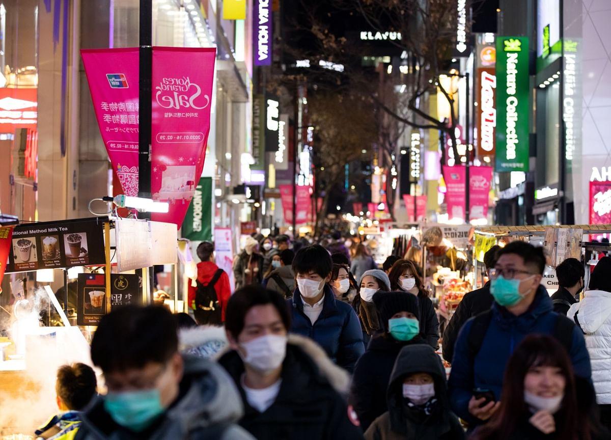 Coronavirus Eclipses Trade as Global Economy's Biggest Threat