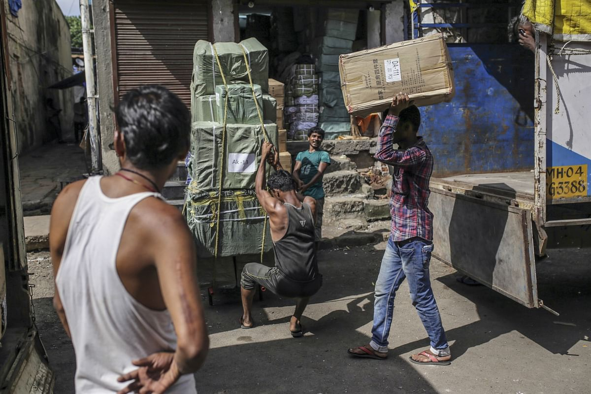 India GDP Growth At 4.7% In Q3, Weaker Than Revised Estimates For Q2