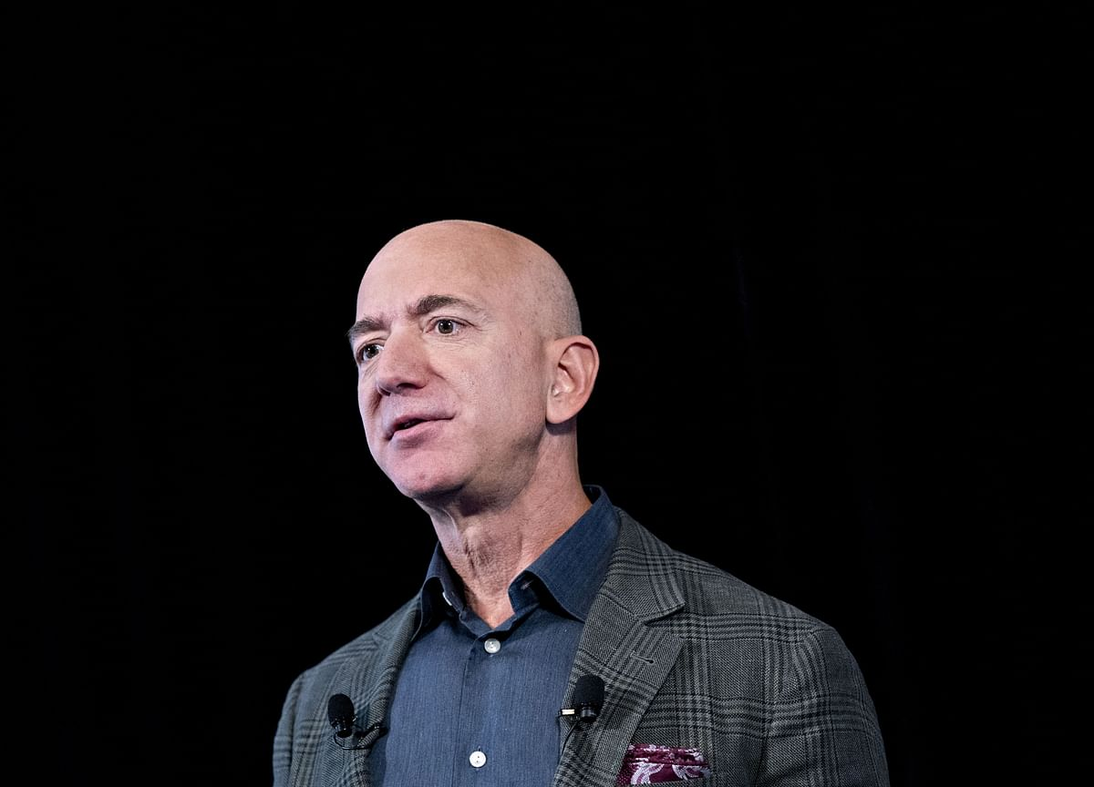 Behind Amazon's HQ2 Fiasco: Jeff Bezos Was Jealous of Elon Musk