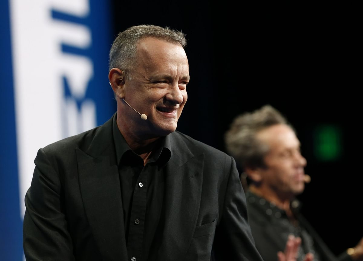 Tom Hanks Returns to U.S. After Virus Isolation in Australia