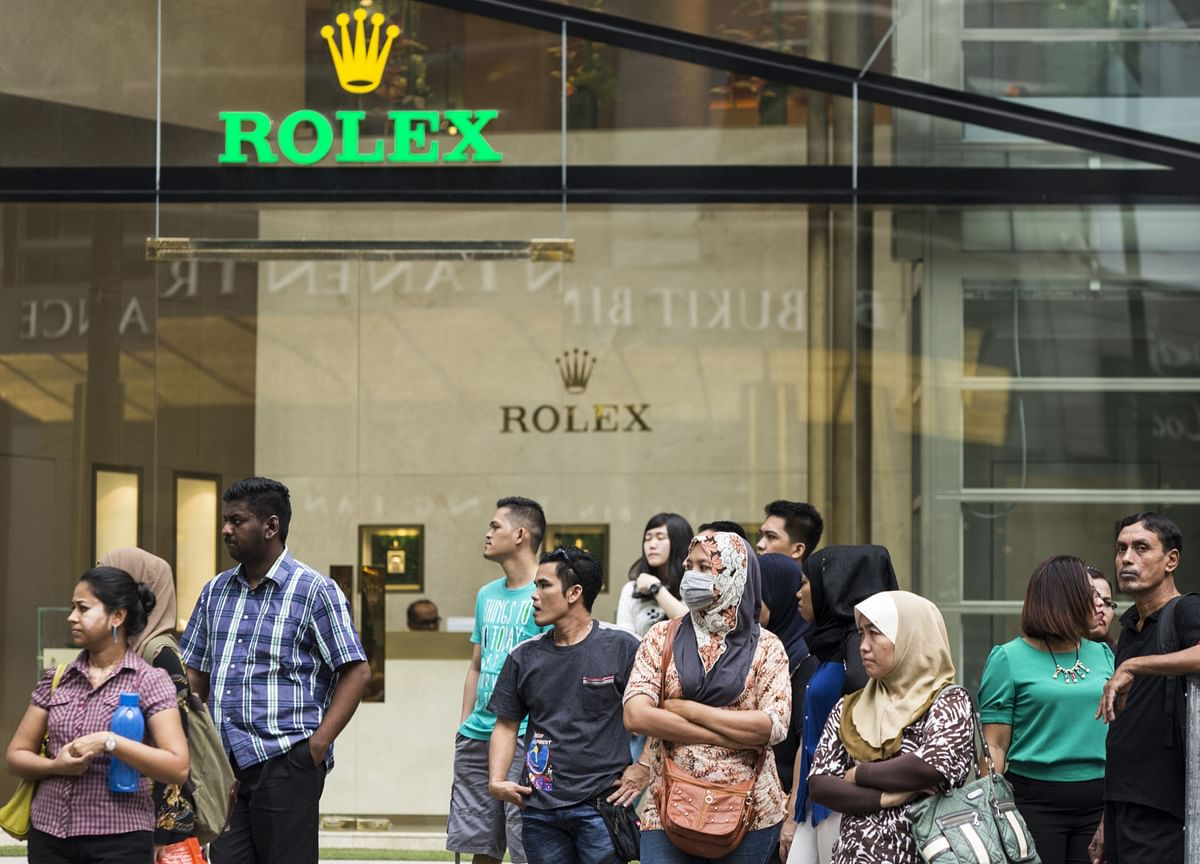 Lockdowns Fueled a Splurge on Rolex Watches and Dior Handbags
