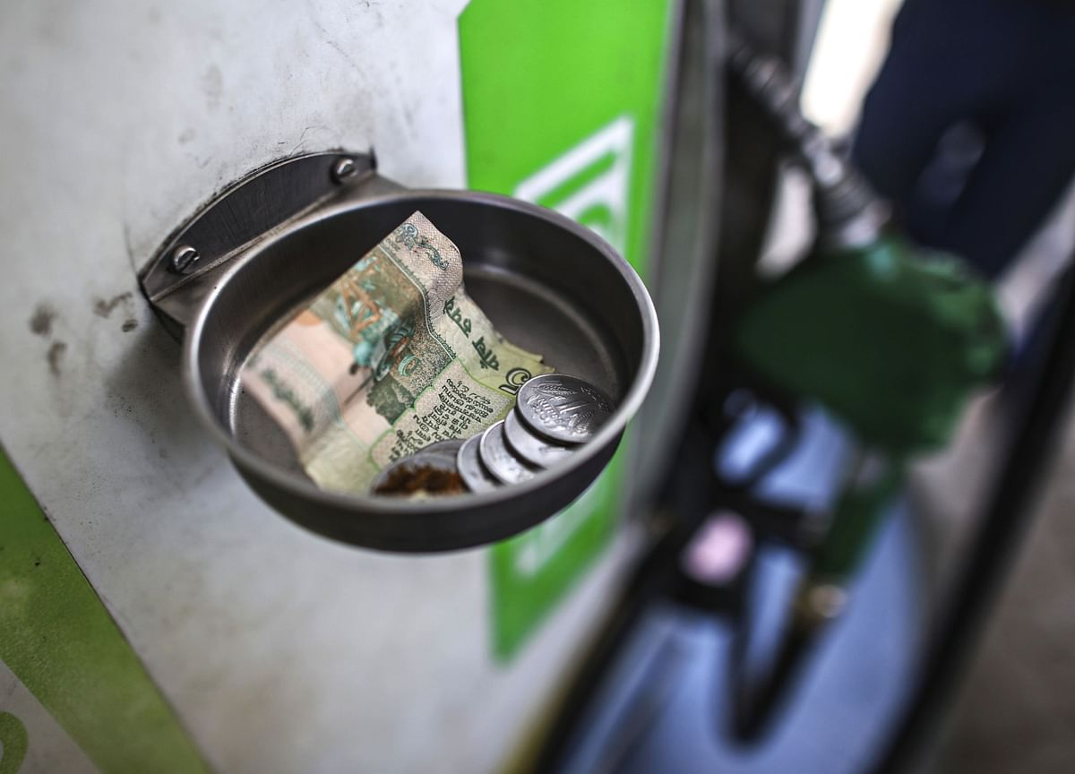 Trailing Oil Demand in India Shows Economy Not Fully Recovered