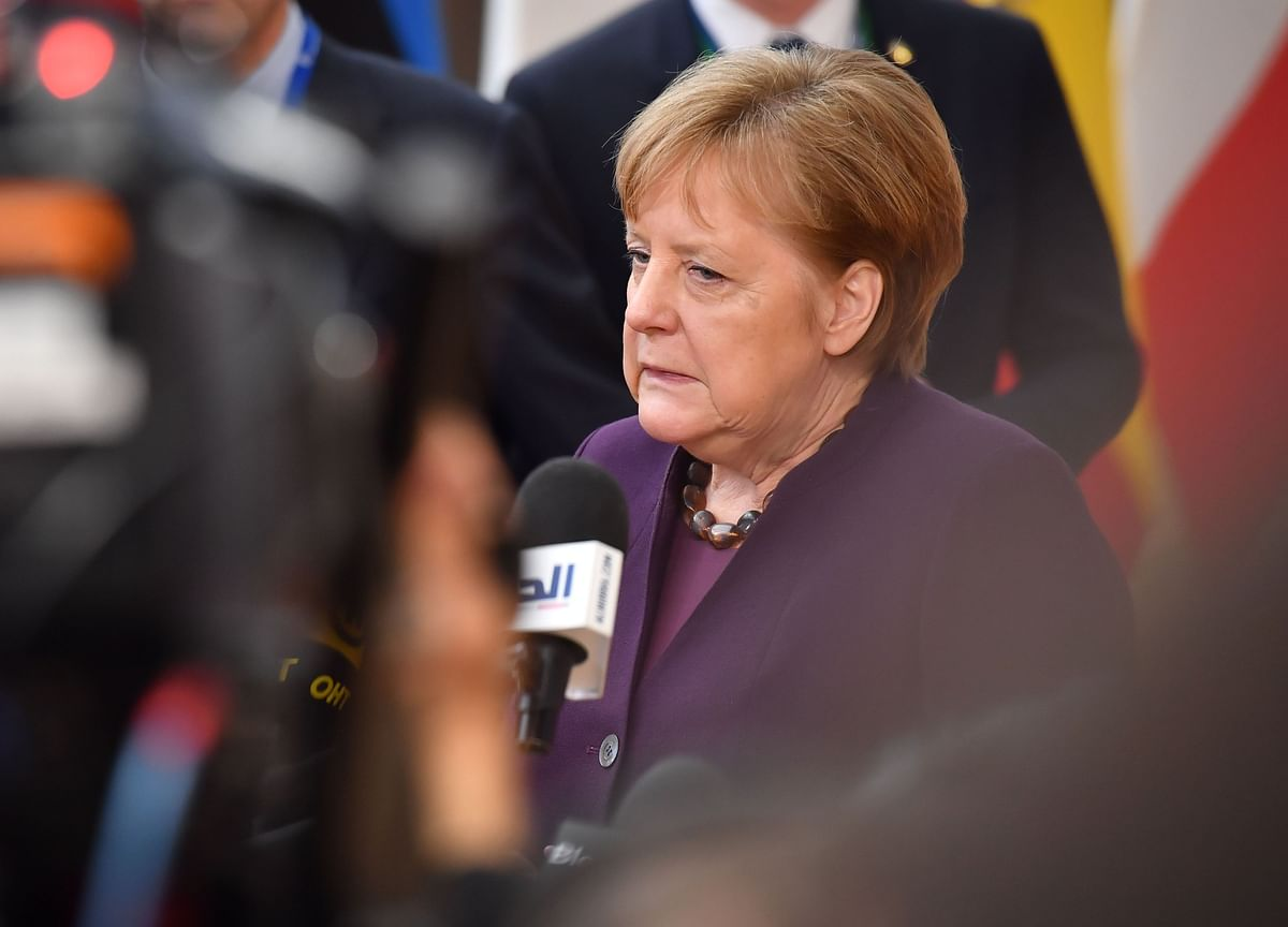 Merkel's Moment Arrives as Virus Tests Leaders' Grasp of Facts
