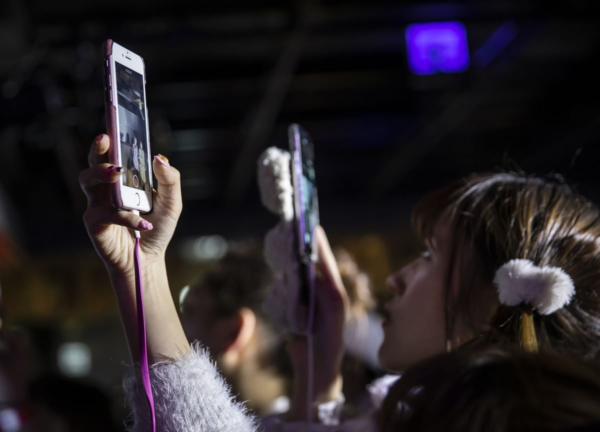 Fast-Growing Chinese TikTok Rival Sets Sights on the U.S.