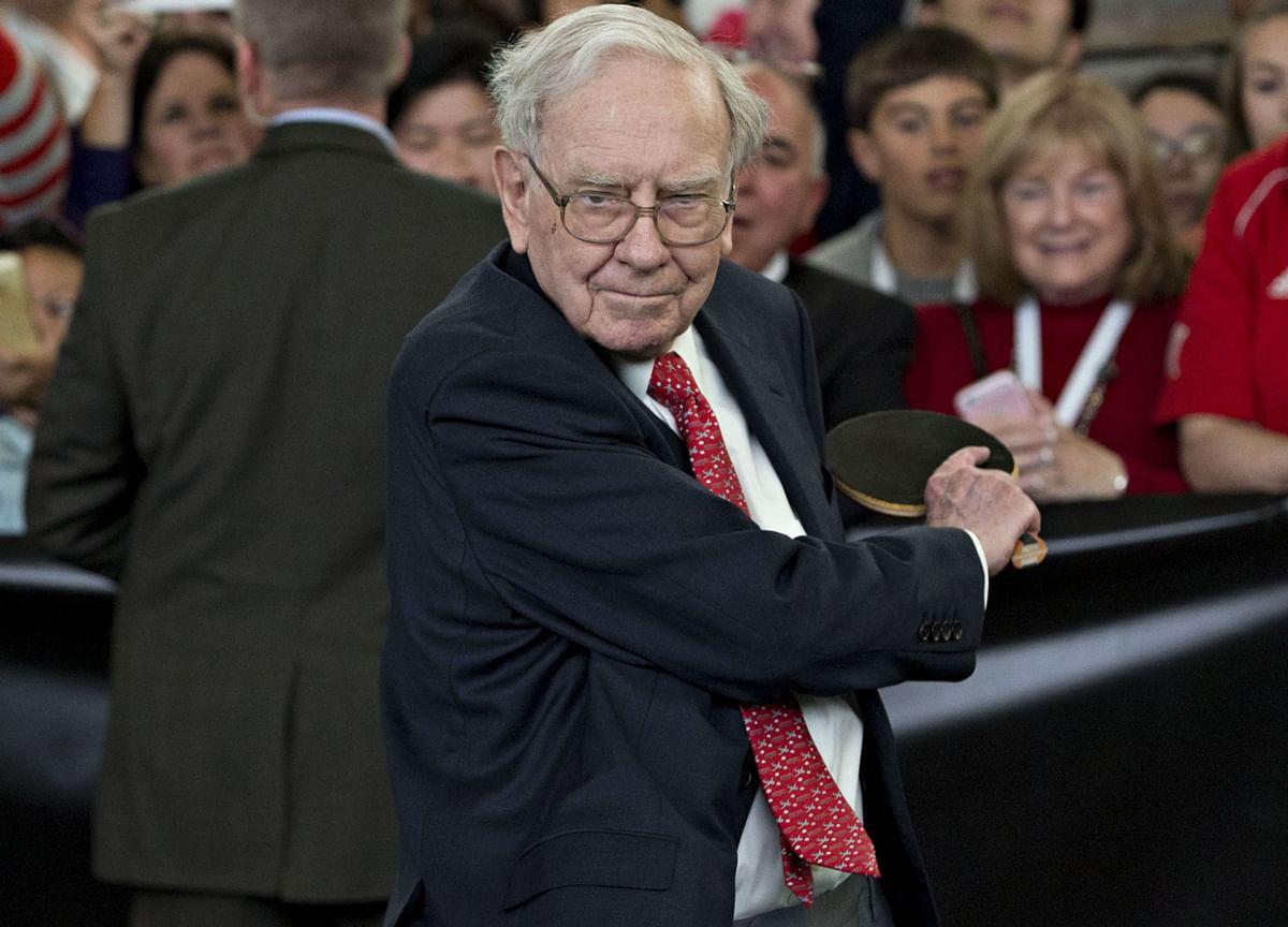 Warren Buffett Is Waiting for One Last Big Score
