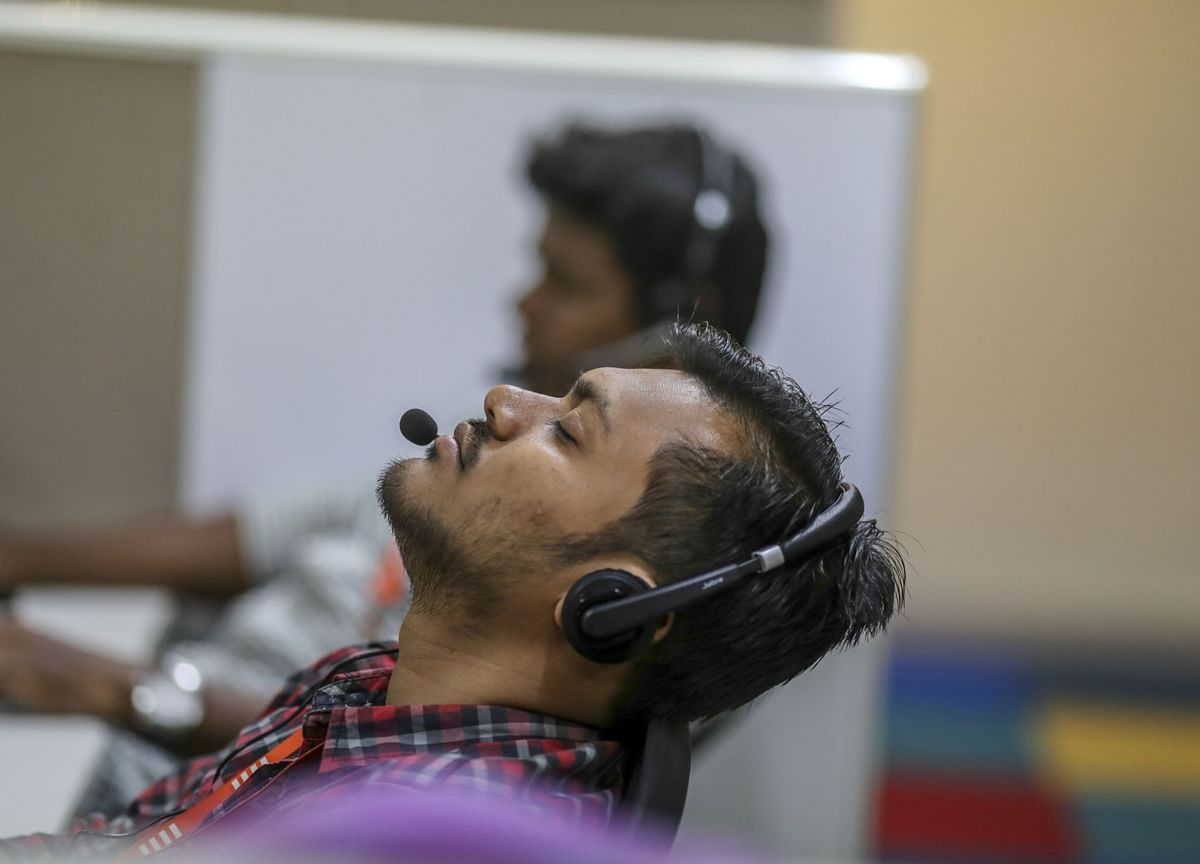 World's Back Office Rushes to Stay Online in India Lockdown