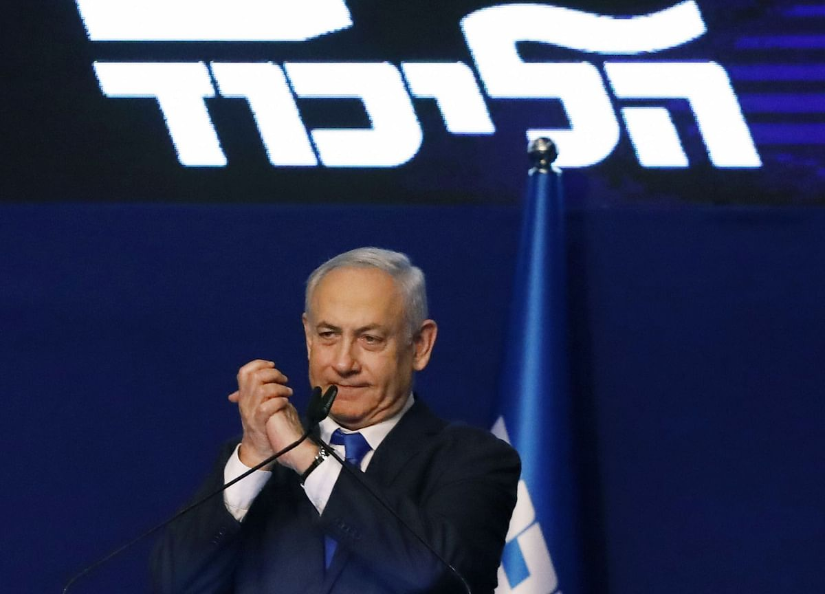 Netanyahu Camp Lead Narrows in Snag for Coalition Building