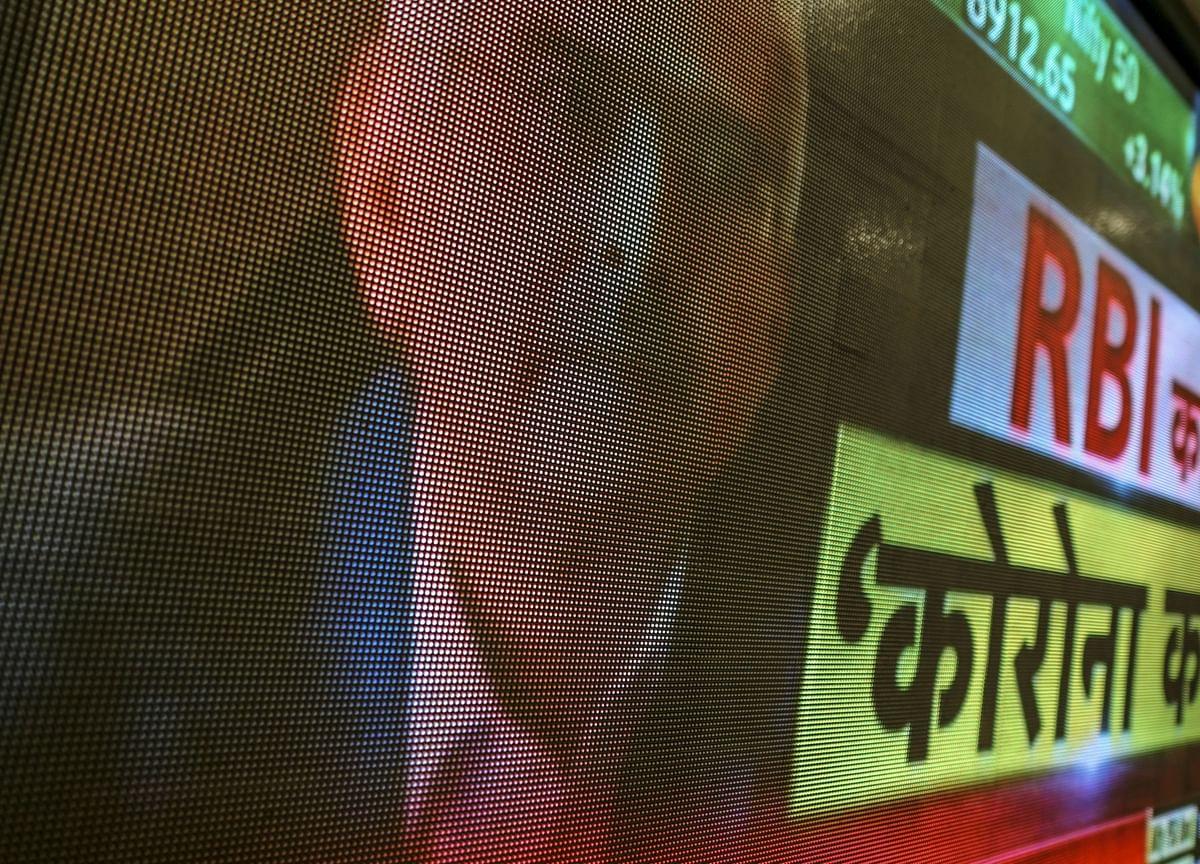 Shaktikanta Das Live: RBI Provides NPA Relief To Banks, Curbs Dividends