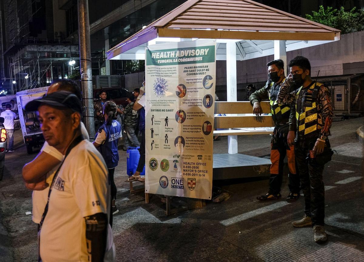 Duterte May Gradually Restart Philippine Economy After Lockdown