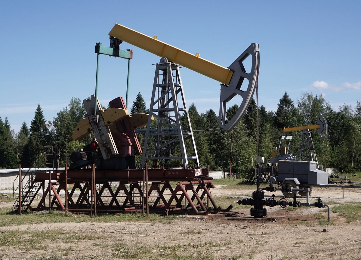 Goldman Says Shale Might End Up Being a Winner of the Oil War