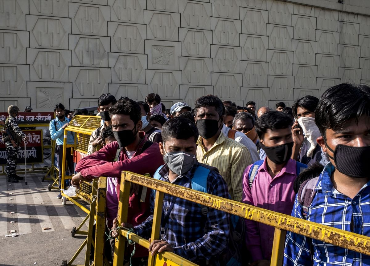 India's Virus Hotspots Spur Nationwide Search For Infections