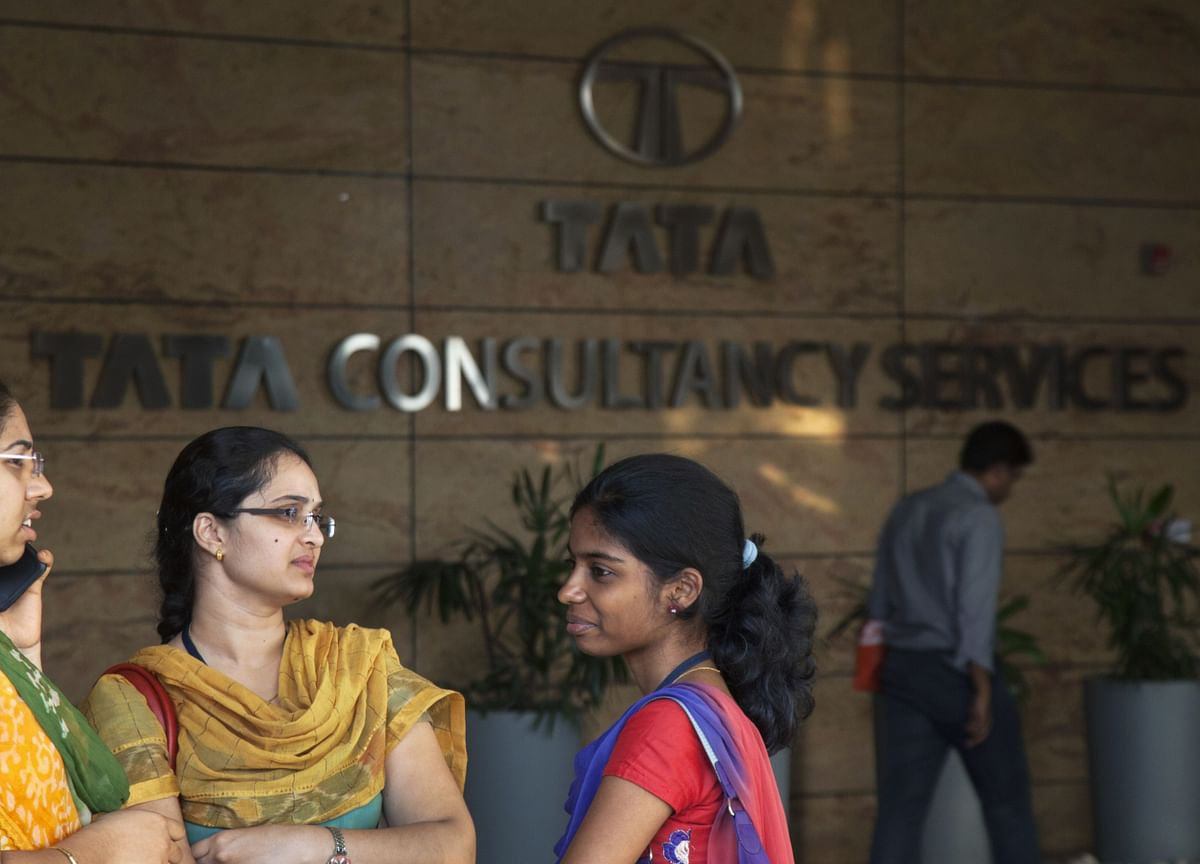 SEBI Lets Off TCS With A Warning For Inadequate Disclosures In A Four-Year Old Case