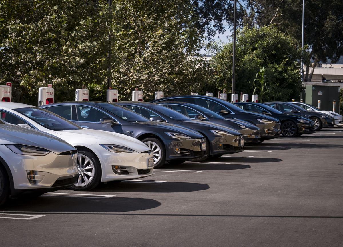 Tesla Vehicle Deliveries Beat Estimates, Spark Stock Rally