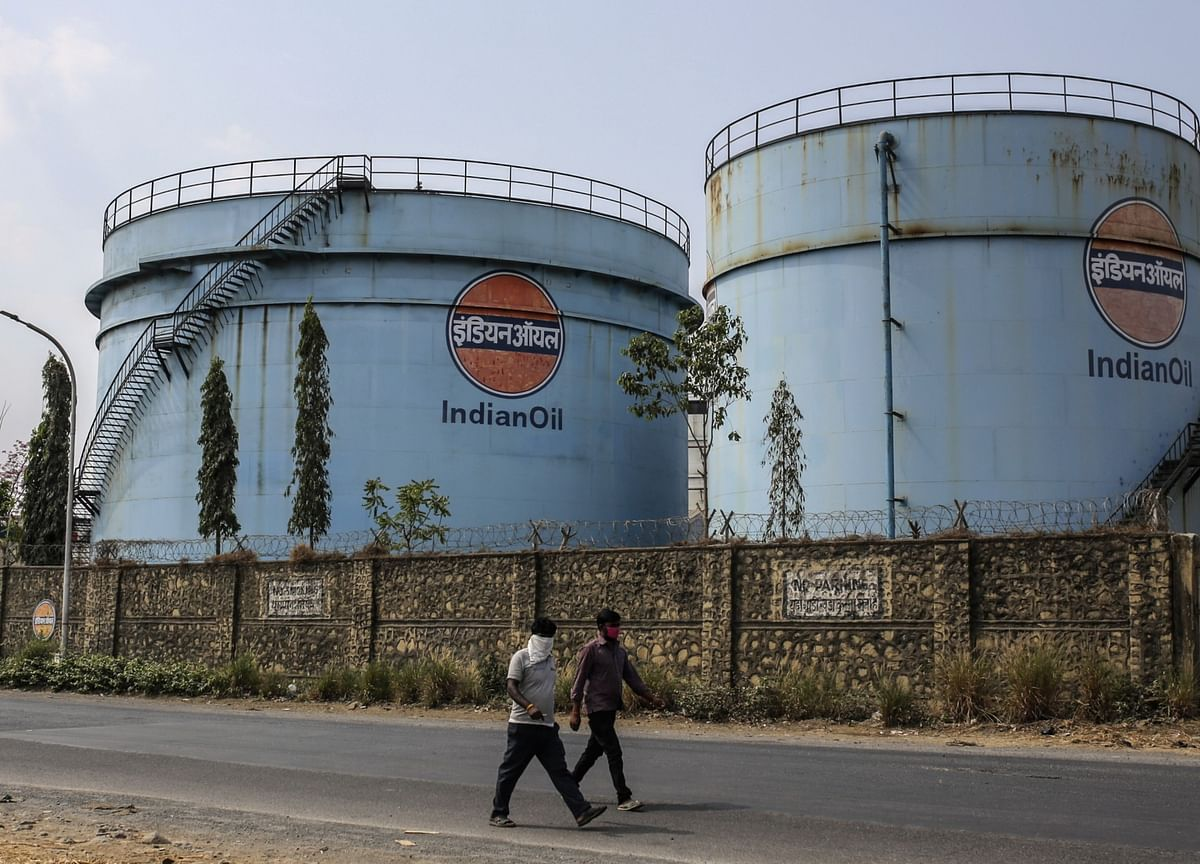India's Oil Revenue Loss in Lockdown Seen Exceeding $5 Billion