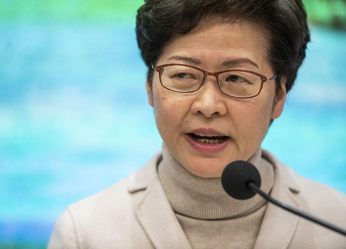 Hong Kong Pushes $18 Billion Stimulus to Avoid 'Massive Layoffs'