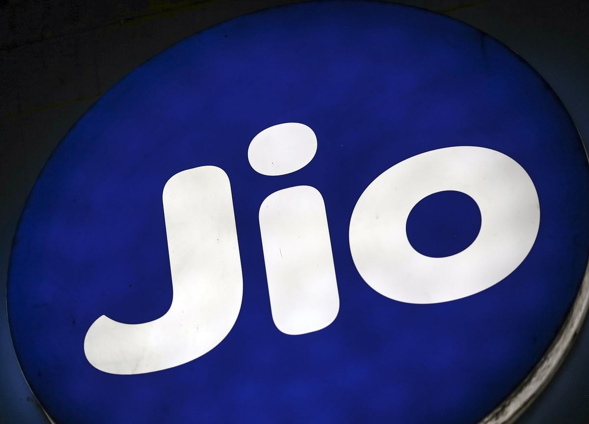 Facebook Investment To Accelerate Reliance Jio's Digital Monetisation Drive, Say Analysts
