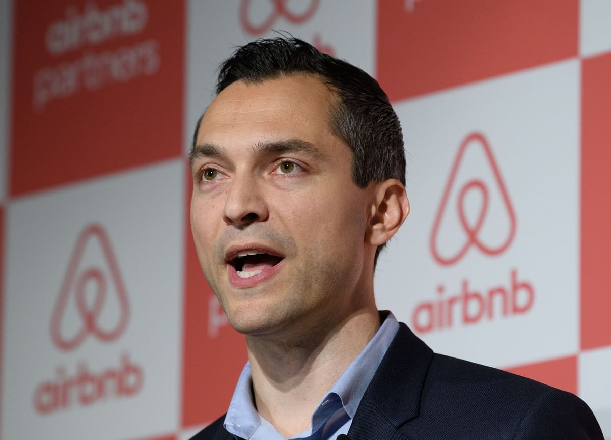 Airbnb Raises Another $1 Billion in Debt, IPO Prospects Diminish