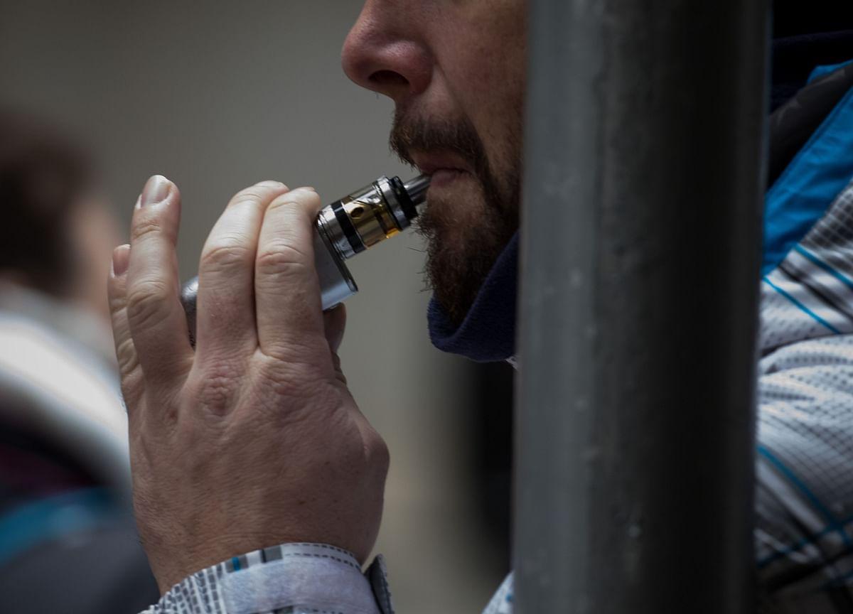 FDA Shifts Its Covid-19 Stance on Vaping, Smoking Impact