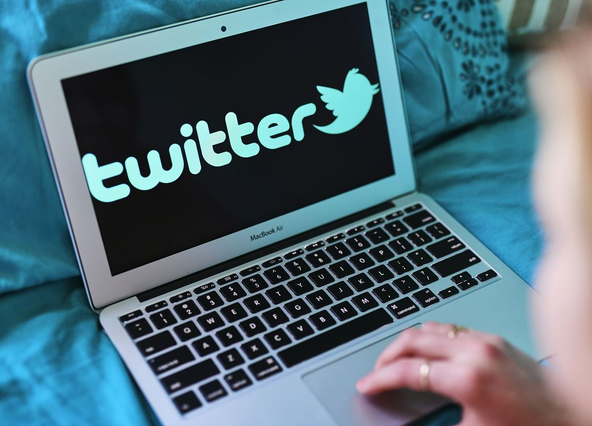 Twitter Shares Tumble After Virus Spurs Advertising Sales Rout