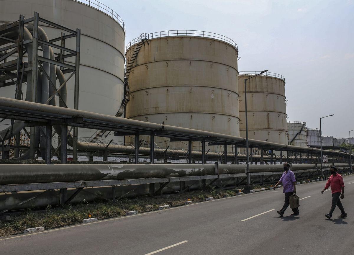 Unprecedented Fall in Demand Most to Blame for Oil Slump