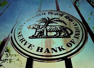 RBI Data Show It Buys Debt Just as Government Sells Bills