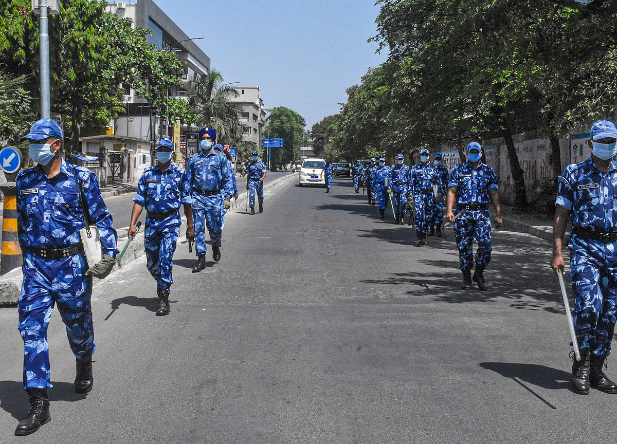 80 Migrant Workers Detained For Rampage In Surat