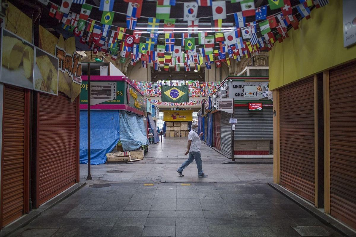 The Municipal Market on April 8. (Photographer: Rodrigo Capote/Bloomberg)