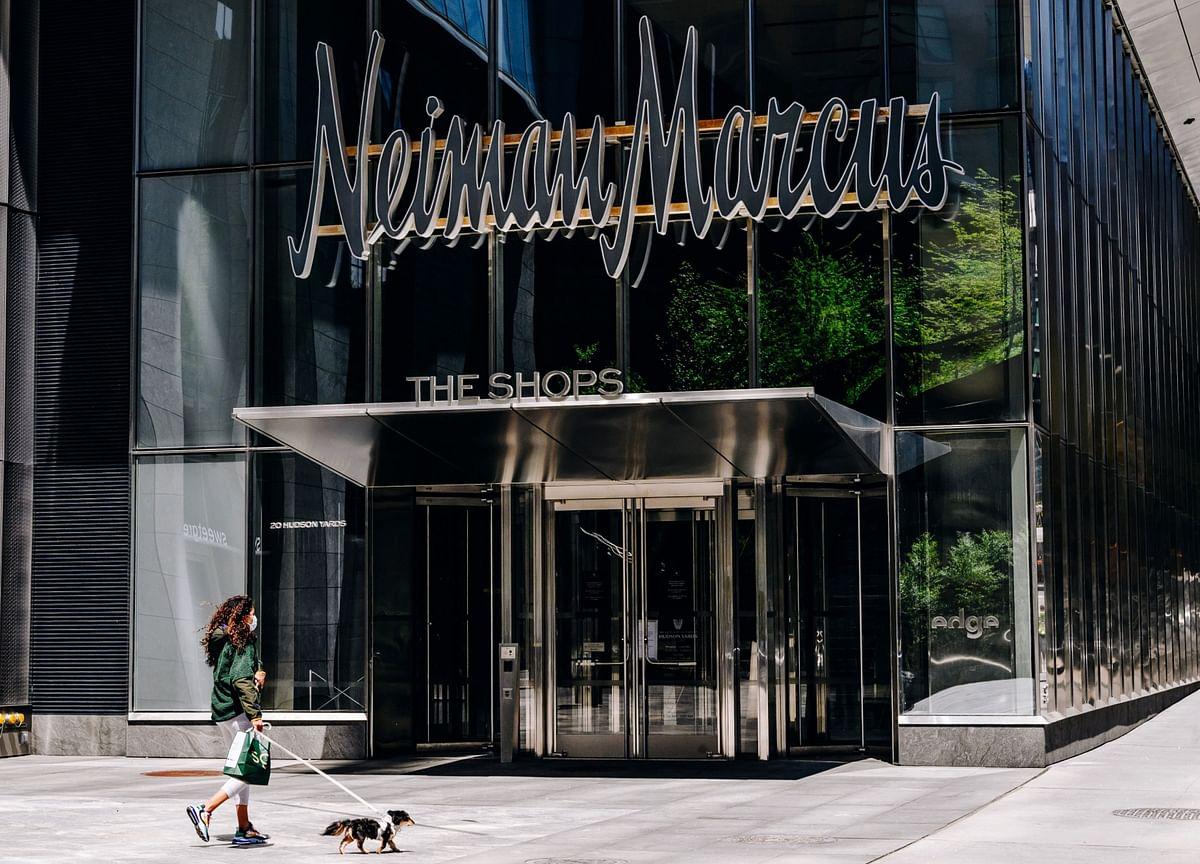 Neiman Marcus' LuxuryDreamsWere Shakenby Debt and Disease