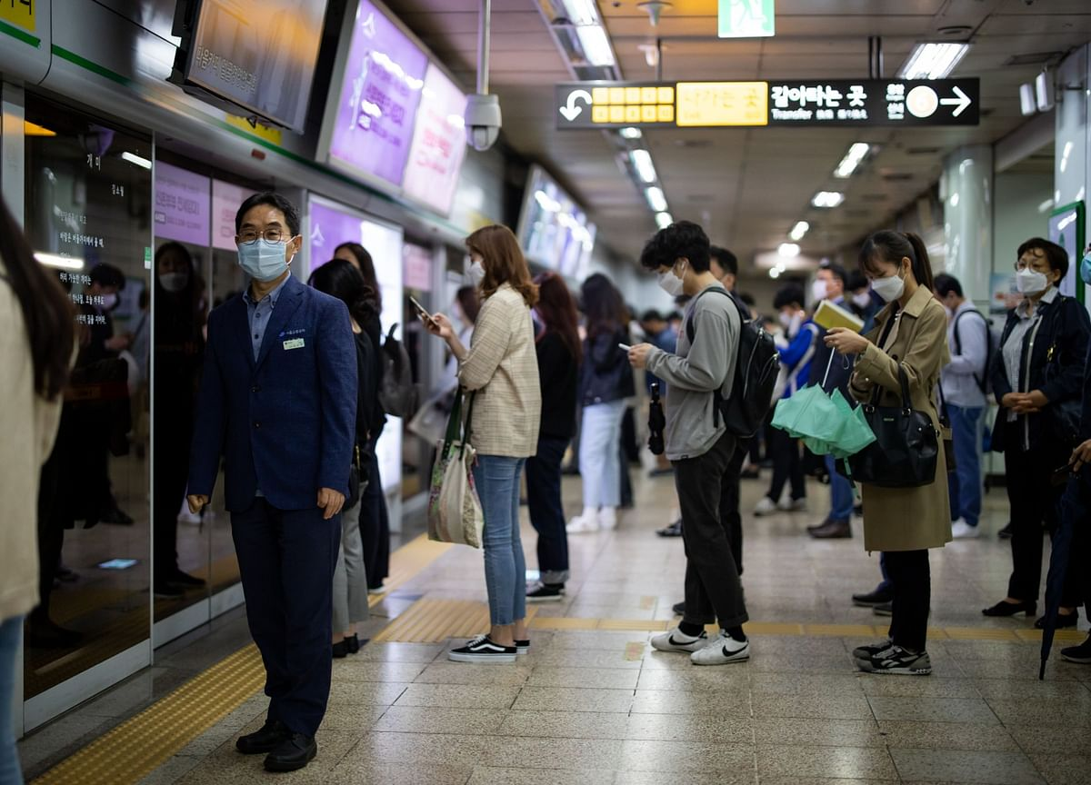 South Korea's Consumer Confidence Rebounds From 11-Year Low