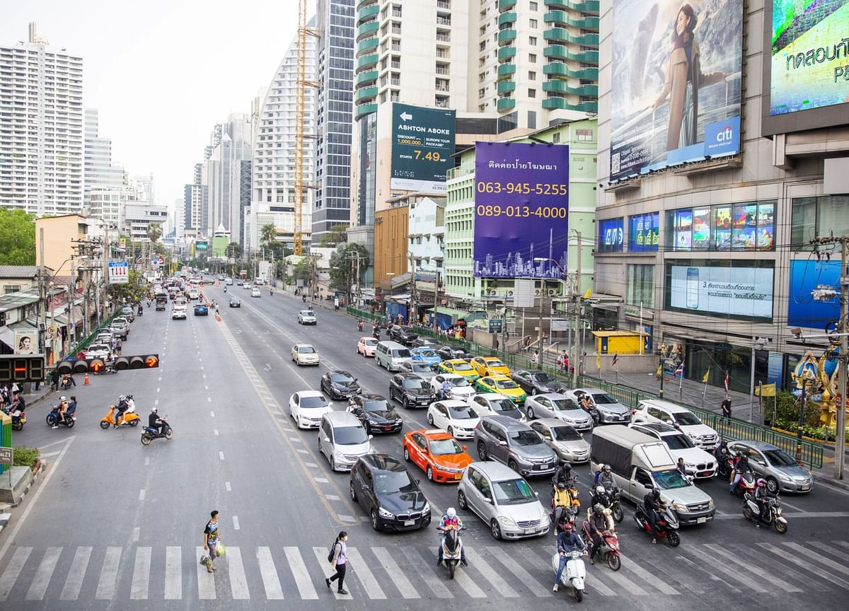 Bank of Thailand to Inch Toward Lower Bound: Decision Day Guide