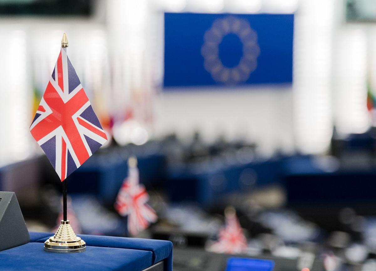 U.K. Cabinet Backs Tough Brexit Line in Talks on EU Trade