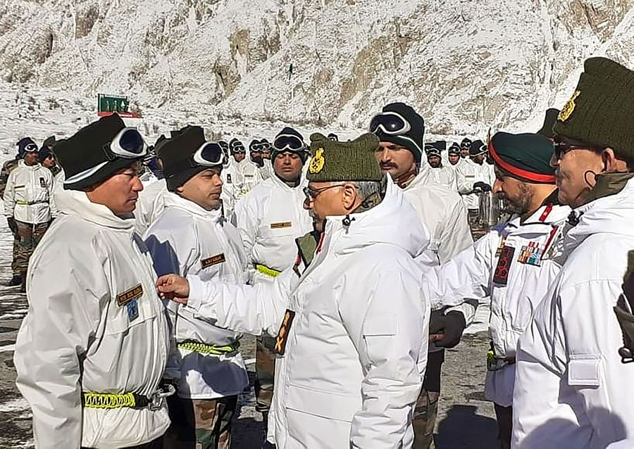 Army Chief General MM Naravane meets jawans during his visit to the base camp in Siachen, on Jan. 9, 2020. (Photograph: PTI)