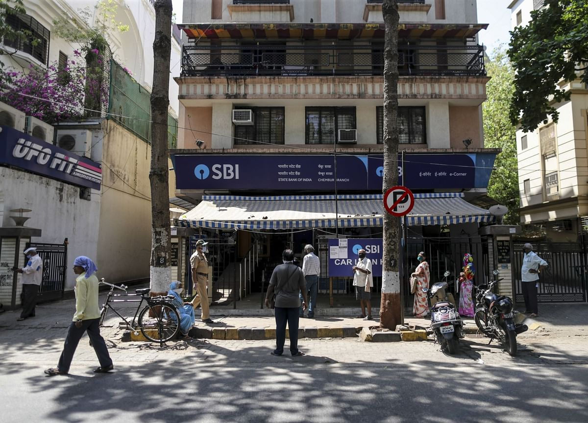 SBI Hikes Home Loan Rates By Up To 30 Basis Points